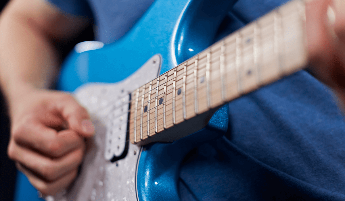improve-your-lead-guitar-playing